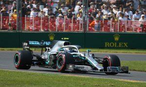 F1 Gp Cina venerdì 12 aprile: nelle prove libere Bottas il più veloce, Vettel secondo. Problemi alla monoposto di Leclerc