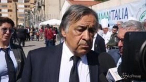 Capaci: Orlando lascia l'aula bunker prima che arrivi Salvini