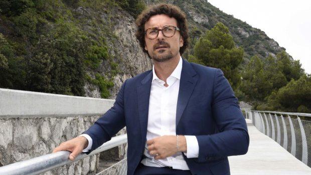 """Genova, Toninelli e Di Maio: """"Vertici Autostrade si dimettano, multe da 150 milioni"""""""
