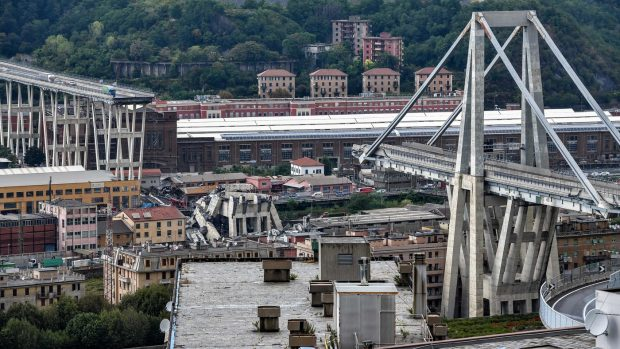 Dramma sul ponte Morandi a Genova: 39 morti accertati. Toti chiede stato di emergenza nazionale