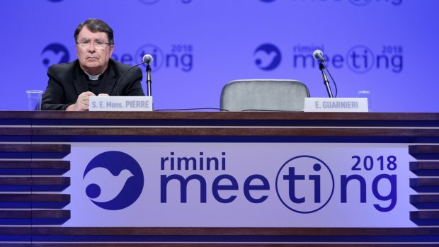 Meeting Cl al via senza big di governo. Messaggi da Colle e Papa
