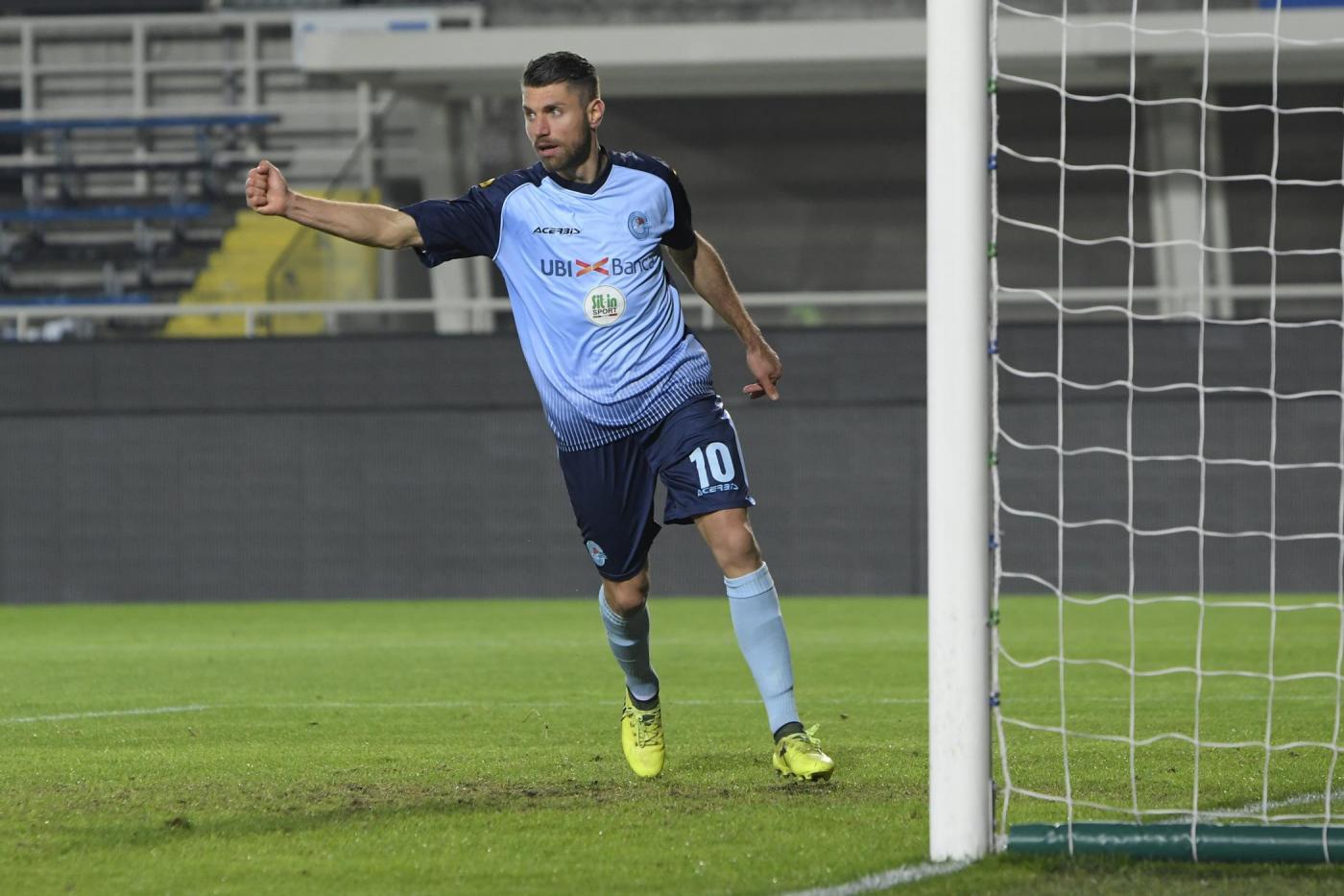 Albinoleffe-Vis Pesaro 21 ottobre: si gioca per il gruppo B della Serie C. I locali non hanno ancora vinto in campionato.