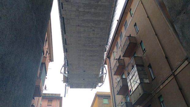 il ponte spezzato