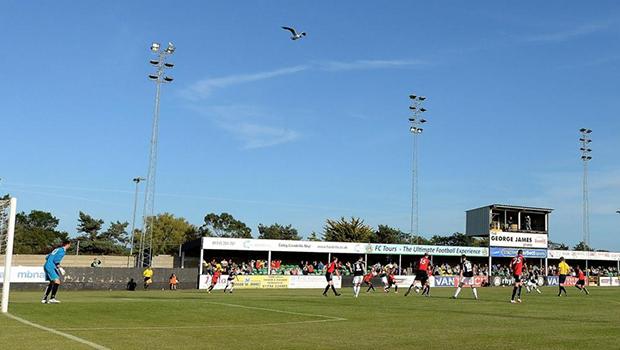 Galles Premier League, Caernarfor-TNS: ospiti favoriti. Miglior attacco e difesa