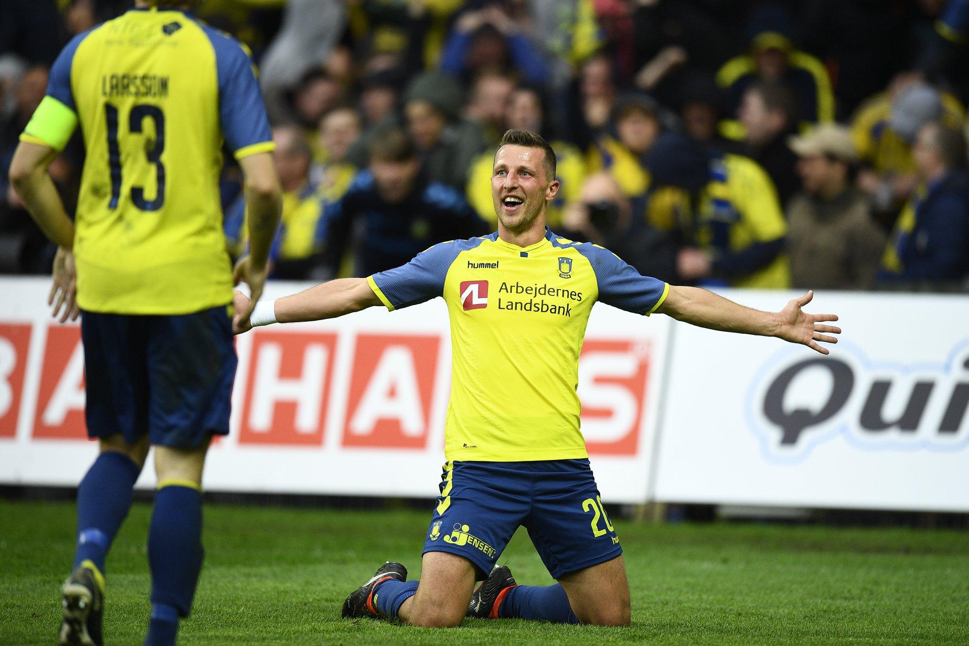 Superliga Danimarca 17 marzo: si giocano 7 gare della 26 esima giornata del campionato danese. Copenhagen primo con 58 punti.