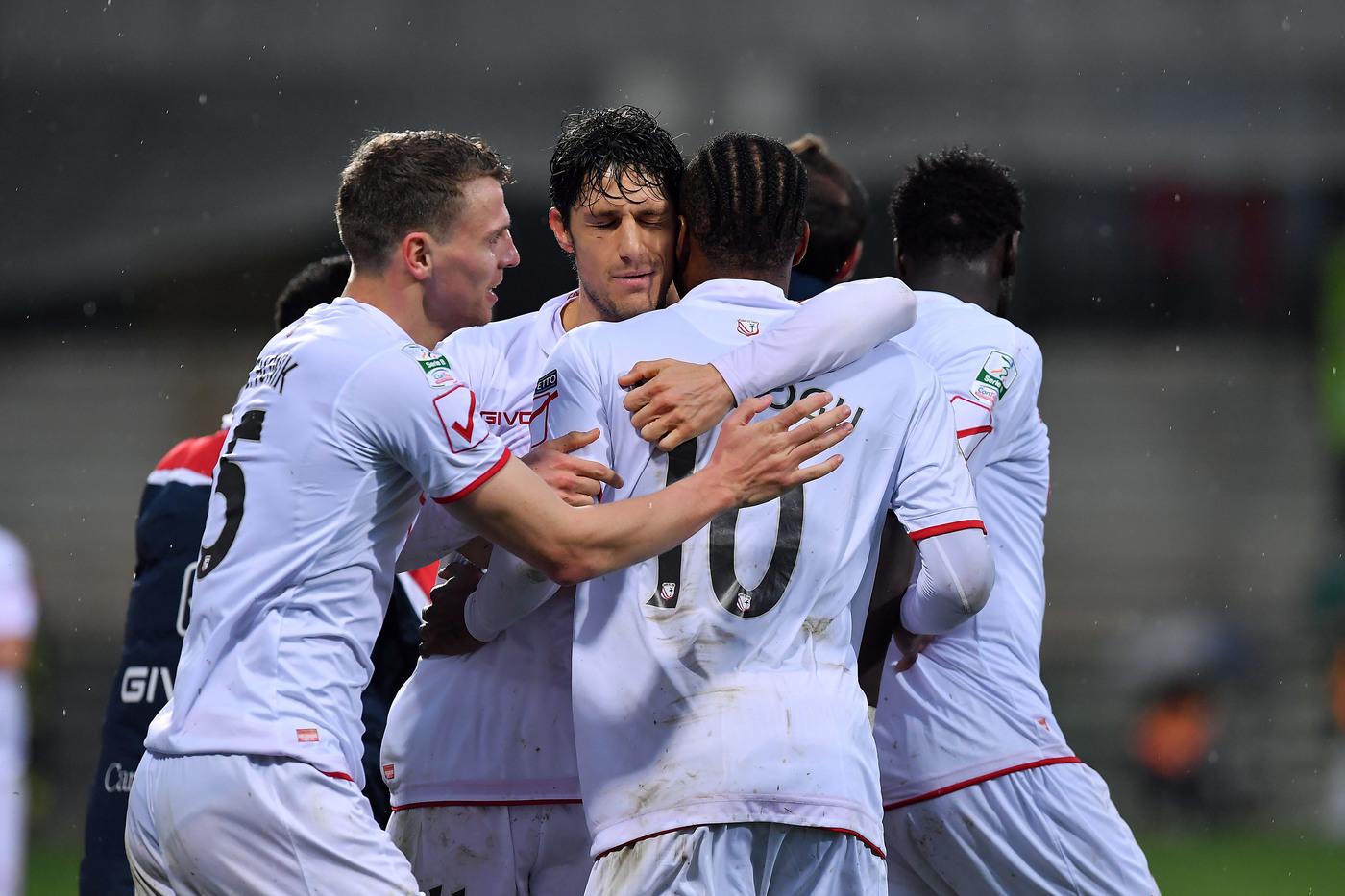 Serie B, Verona-Carpi domenica 16 settembre: analisi e pronostico della terza giornata del campionato cadetto italiano