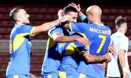 Carrarese-Olbia 22 ottobre: si gioca per il gruppo A della Serie C. Locali favoriti, ma entrambi i club sono in difficoltà per risultati.