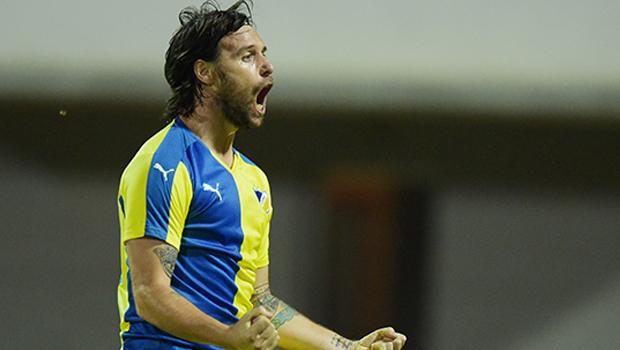 cavenaghi_apoel_calcio_cipro