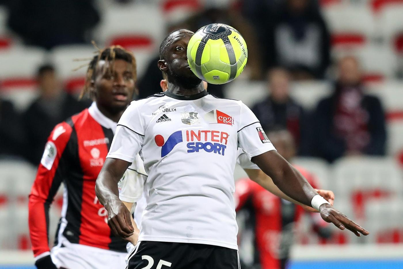 Guingamp-Amiens 8 dicembre: match valido per la 17 esima giornata del campionato francese. Sfida tra le ultime 2 della classifica.