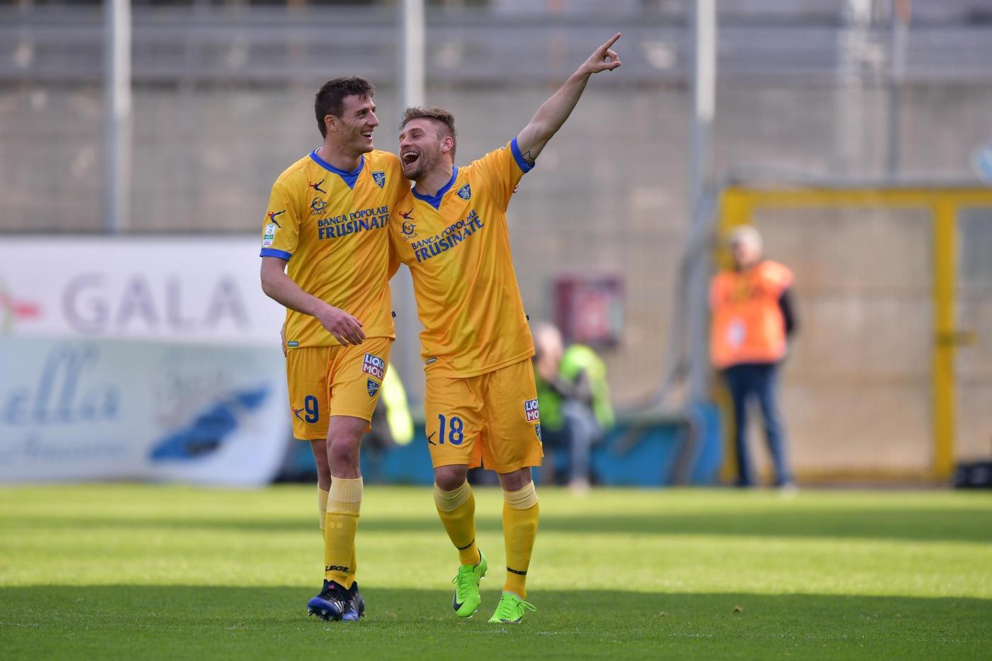 Bari-Frosinone 10 febbraio, analisi e pronostico Serie B giornata 25