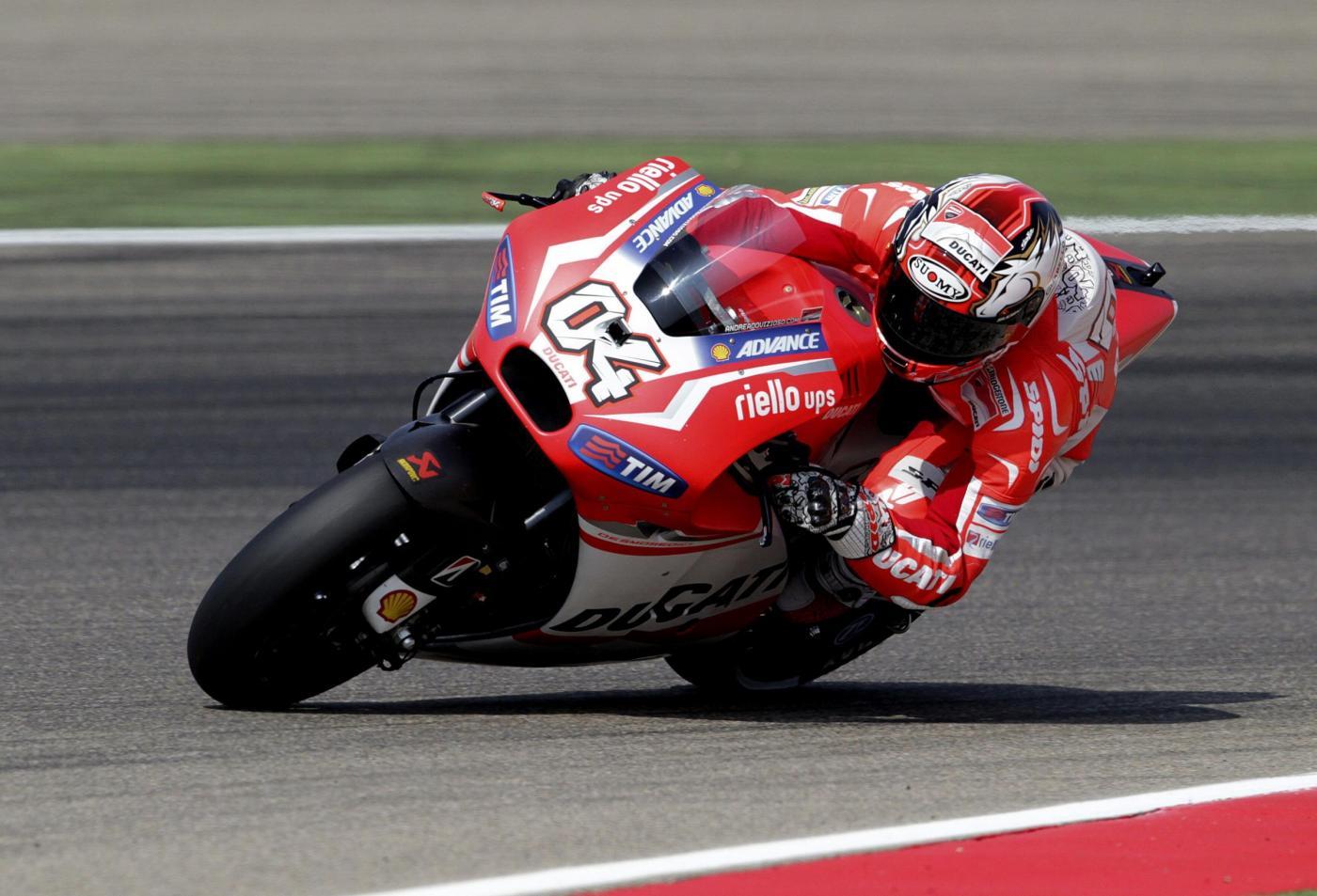 MotoGp Gp Thailandia prove libere venerdì 5 ottobre: Dovizioso il migliore, bruttissima caduta per Lorenzo. Rossi nono