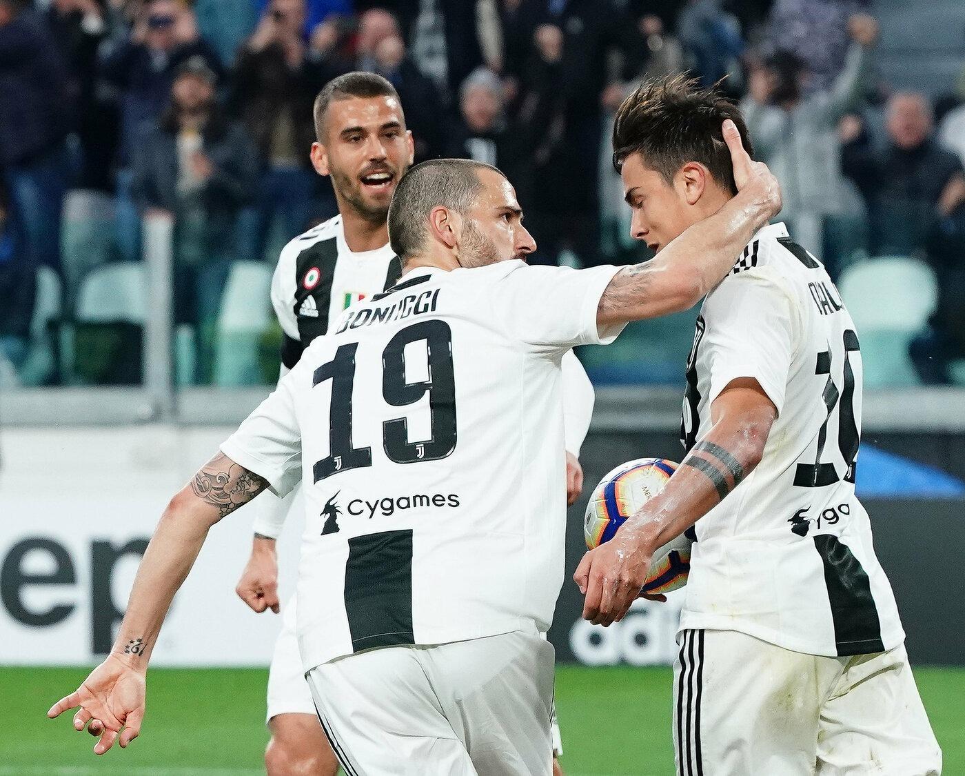 Ajax-Juventus 10 aprile: si gioca l'andata dei quarti di finale della Champions League. Doppia sfida abbordabile per i bianconeri.