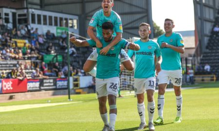 League One 24 novembre: si giocano le gare della 19 esima giornata della Serie C inglese. Il Portsmouth guida il gruppo con 38 punti.