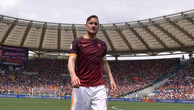 francesco_totti_roma_calcio_serie_a_qv_ivan_zazzaroni