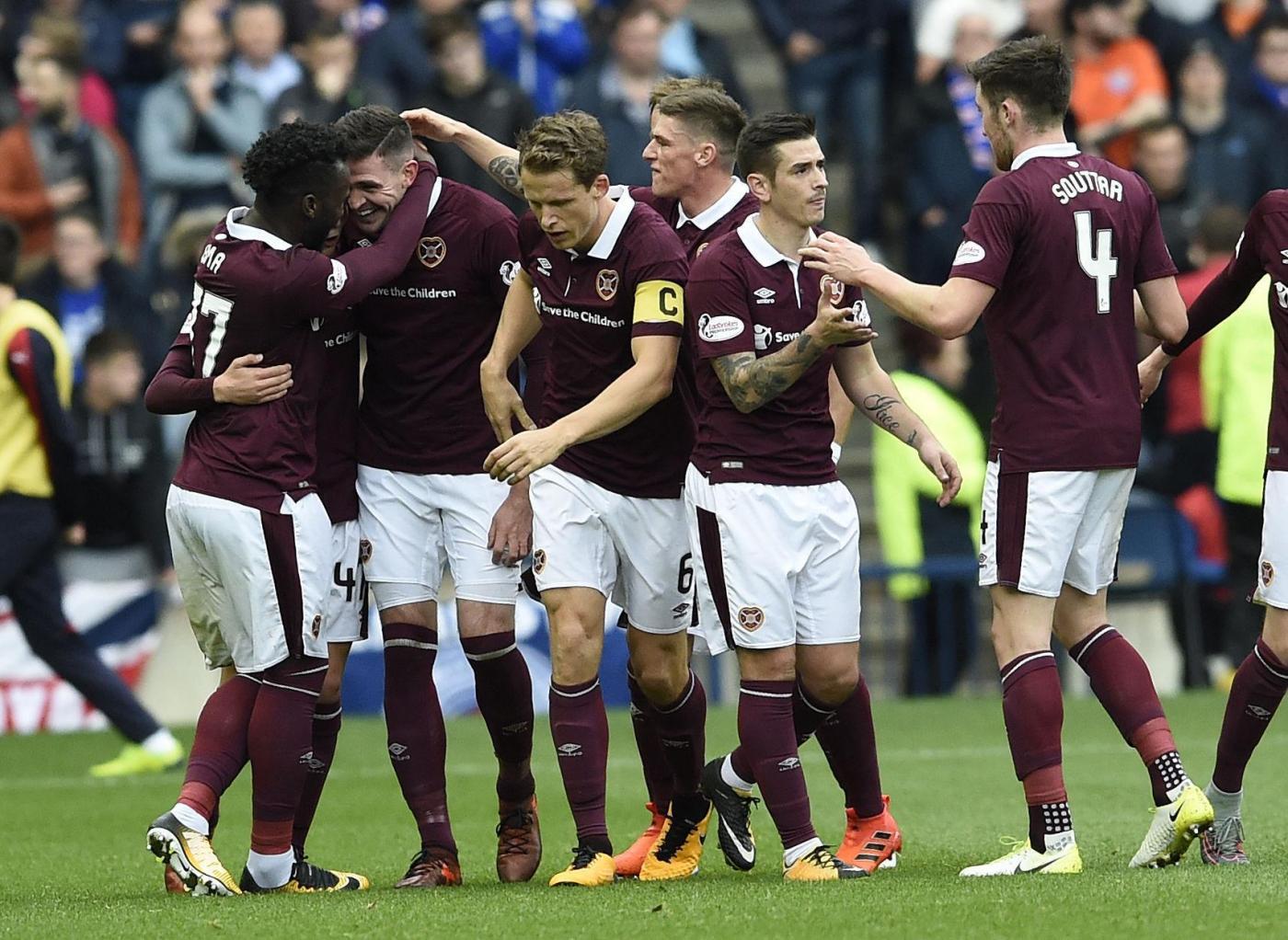 Livingston-Hearts 14 dicembre: match della Serie A del calcio scozzese. Gli ospiti partono favoriti per la conquista dei 3 punti in palio.