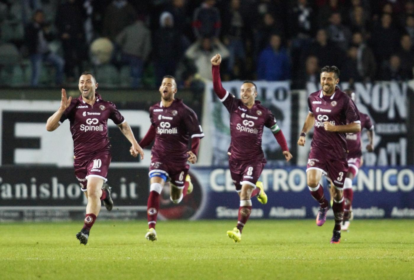 Olbia-Livorno sabato 7 aprile, analisi e pronostico Serie C