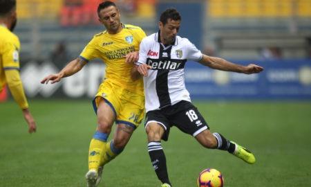 Frosinone-Cagliari 2 dicembre: si gioca per la 14 esima giornata del campionato di Serie A. Entrambe vogliono tornare a vincere.