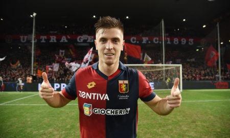 Mercato Milan 21 gennaio: i rossoneri sono sempre più vicini al bomber polacco. Leonardo propone 2 contropartite tecniche.