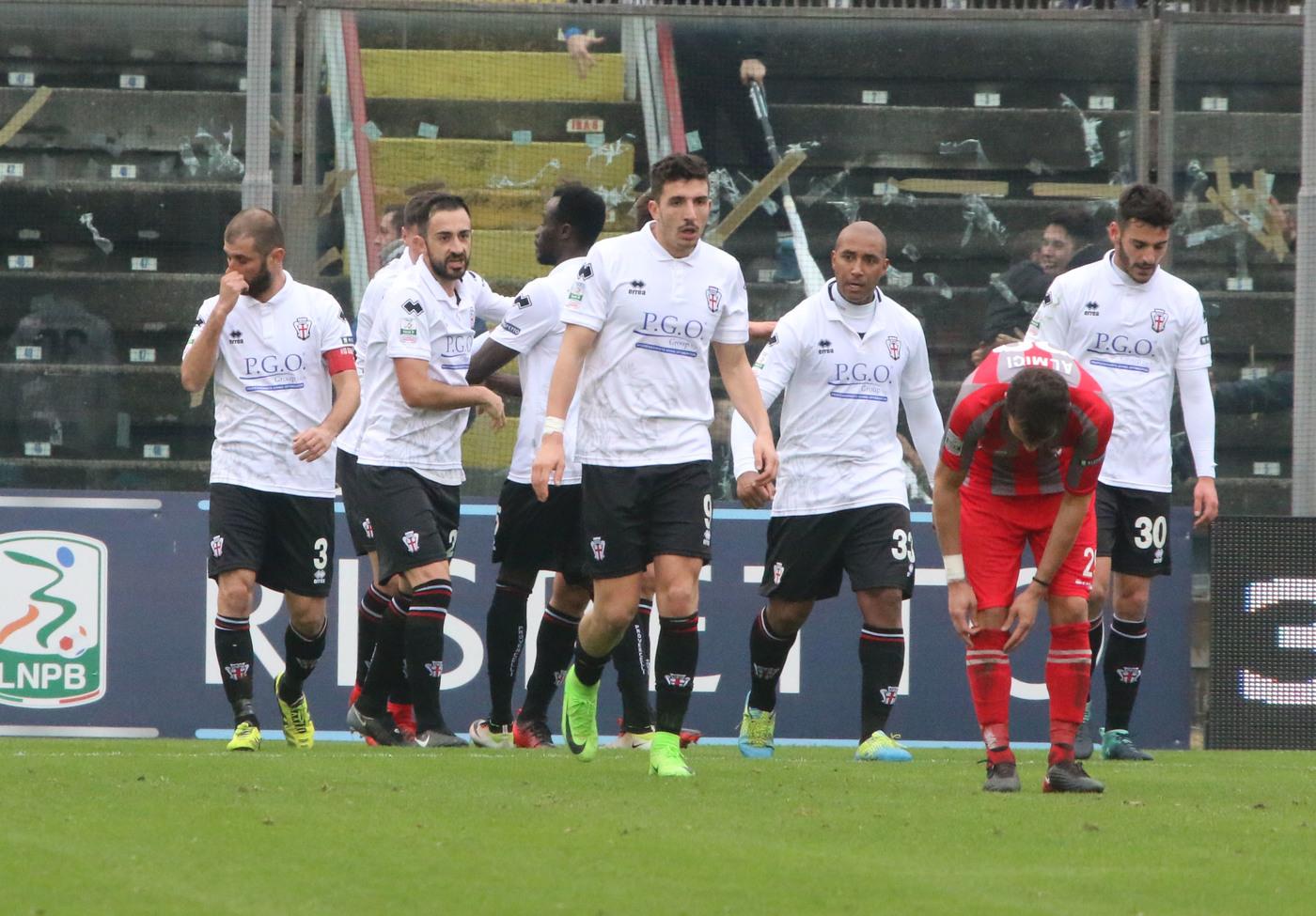 Serie B Spezia-Brescia sabato 1 settembre: analisi e pronostico della seconda giornata della seconda divisione italiana. Sfida aperta.
