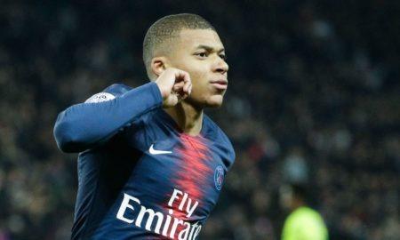 Mbappè-Juve 4 gennaio: i bianconeri starebbero pensando al francese del PSG per rinforzare l'attacco. Possibile un sacrificio.