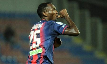 Crotone-Carpi 4 novembre: si gioca per l'11 esima giornata del campionato di Serie B. I padroni di casa sono favoriti per i 3 punti.