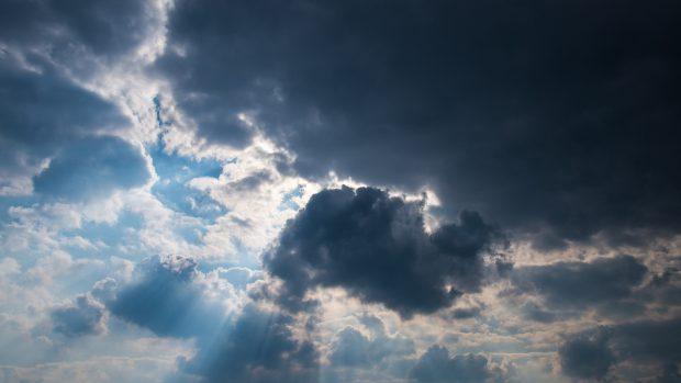 Piccoli rovesci, poi torna il sereno: il meteo del 17-18 agosto
