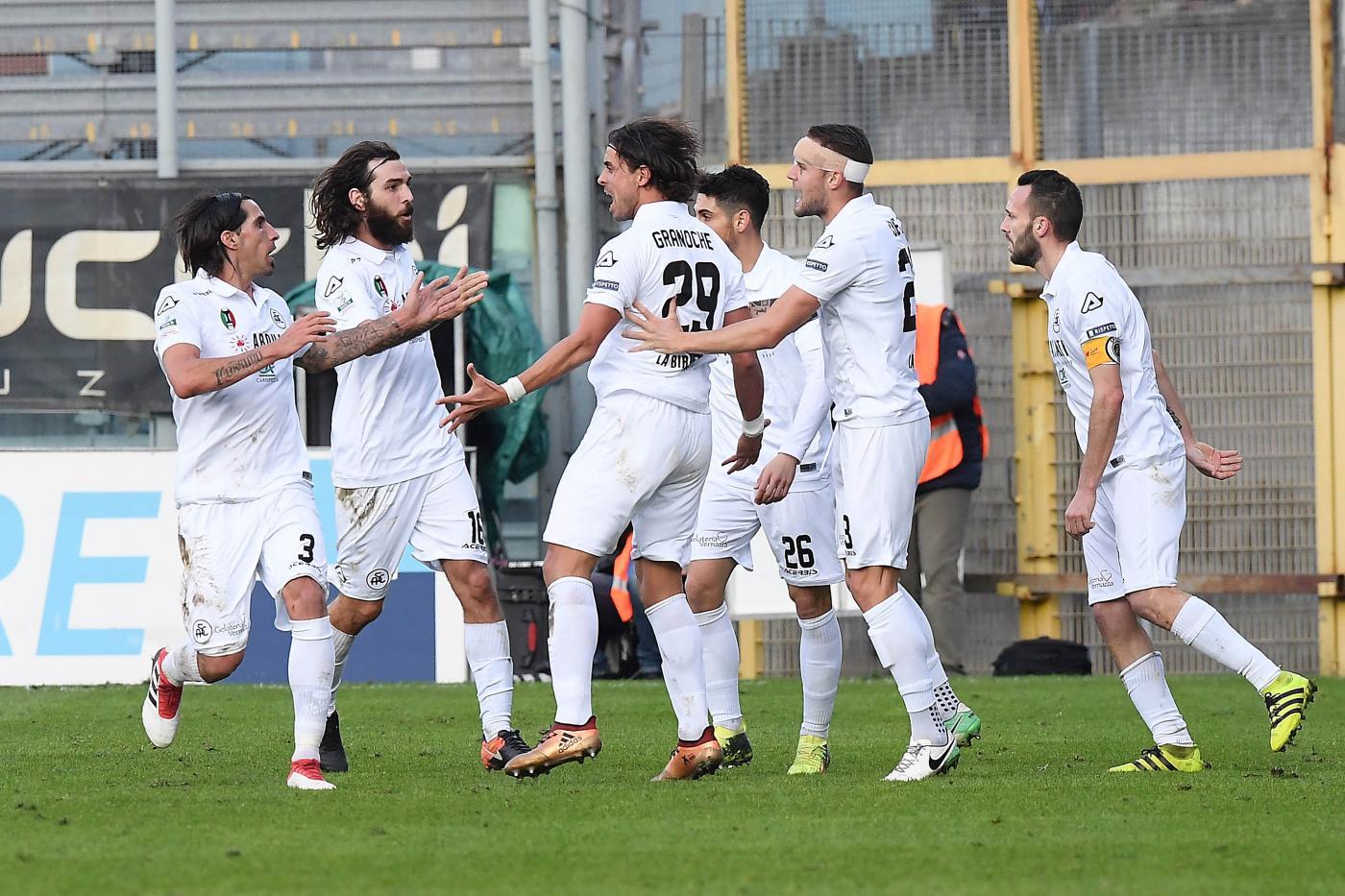 Spezia-Ternana sabato 10 marzo, analisi e pronostico Serie B giornata 30