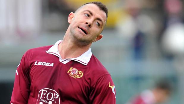 L'attaccante Daniele Vantaggiato Dal Livorno Al Catania?