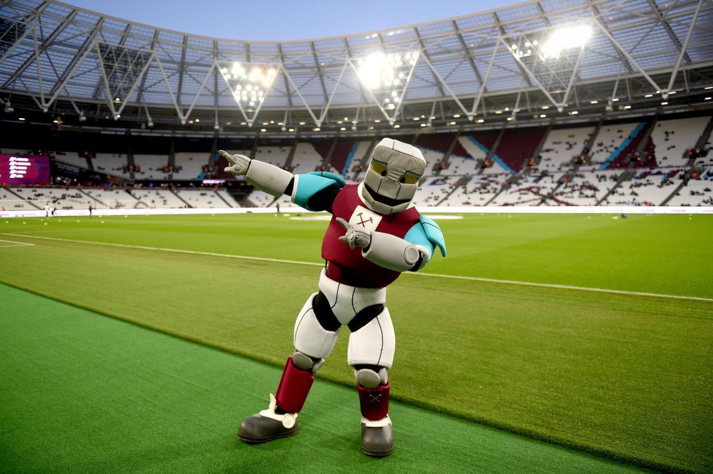 West Ham-Nasri: il centrocampista francese si trasferirà a Londra e vestirà la maglia degli Hammers già da gennaio