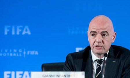 Fase 2 ripresa campionati: 5 cambi e var facoltativo, via libera dalla Fifa