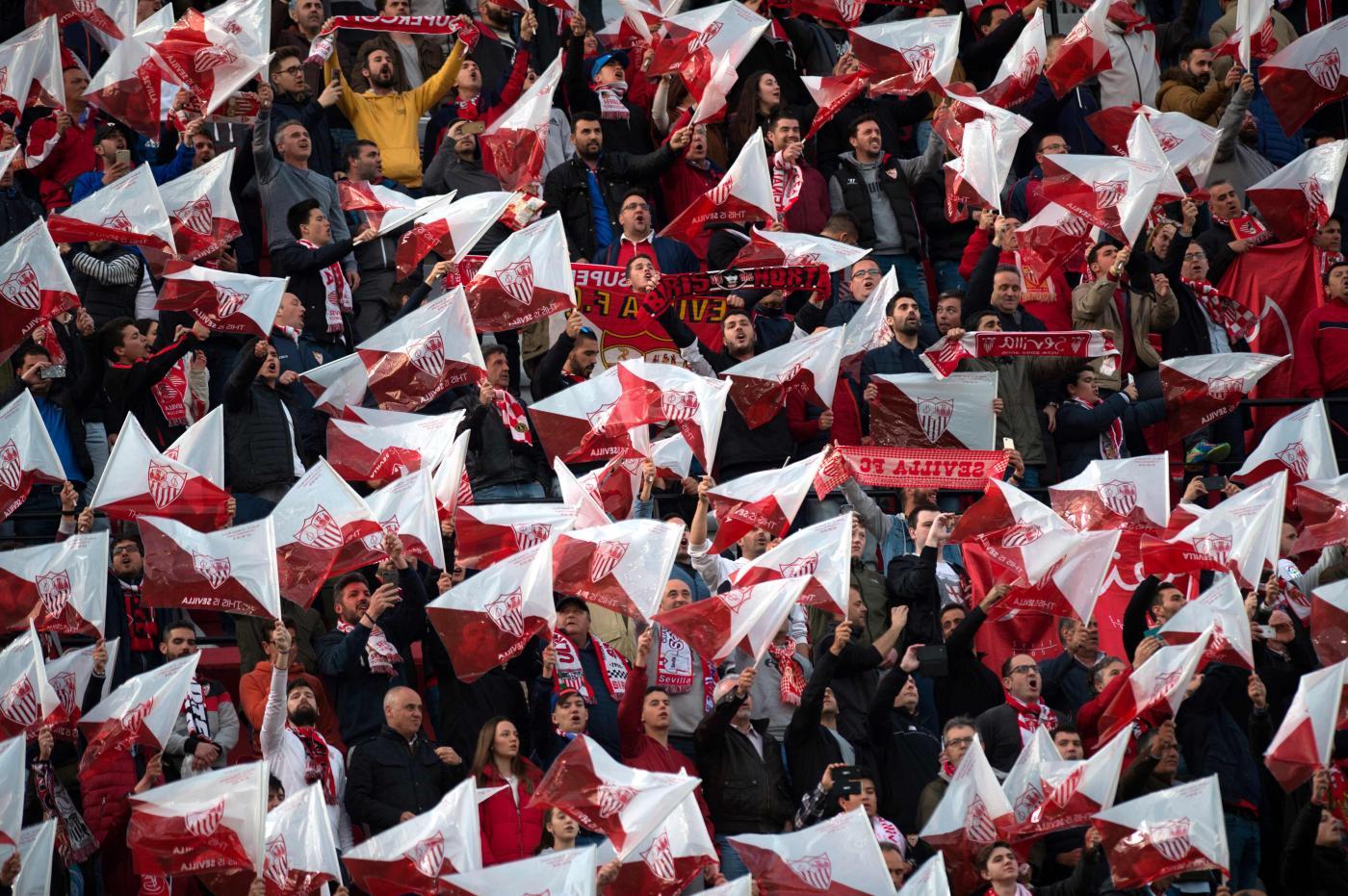 Pavard-Bayern Monaco: il terzino francese dello Stoccarda è stato acquistato dai bavaresi. Il trasferimento avverrà in estate