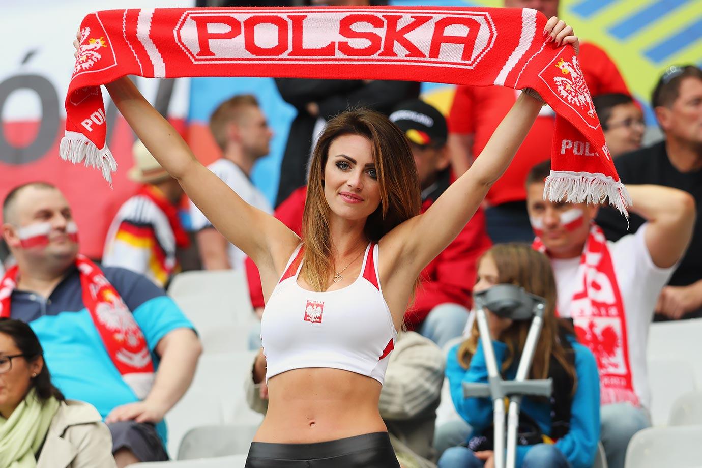 Ekstraklasa Polonia 7 aprile: si giocano 2 gare della 29 esima giornata del campionato polacco. Lechia in testa a quota 57 punti.