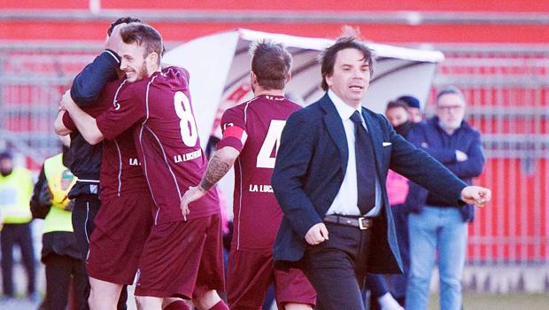 arezzo_calcio_lega_pro_esultanza