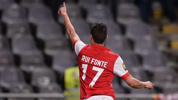 Portogallo Primeira Liga domenica 17 febbraio. In Portogallo 22ma giornata della Primeira Liga. Porto primo a quota 21, +1 sul Benfica secondo