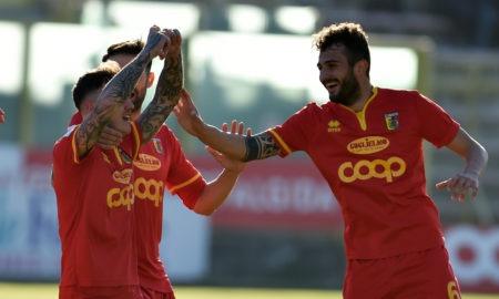 Play Off Serie C, FeralpiSalò-Catanzaro domenica 19 maggio: analisi e pronostico degli ottavi di finale dei play off promozione