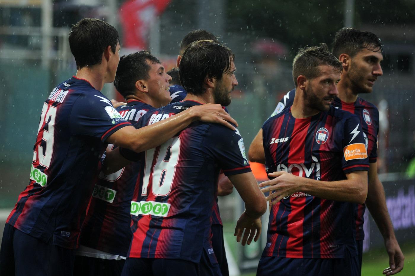 Serie B, Foggia-Crotone venerdì 25 gennaio: analisi e pronostico dell'anticipo della 21ma giornata del campionato cadetto