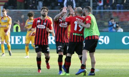 Serie B, Foggia-Perugia lunedì 6 maggio: analisi e pronostico del posticipo della 37ma giornata della seconda divisione italiana