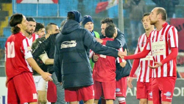 forli_calcio_lega_pro_esultanza