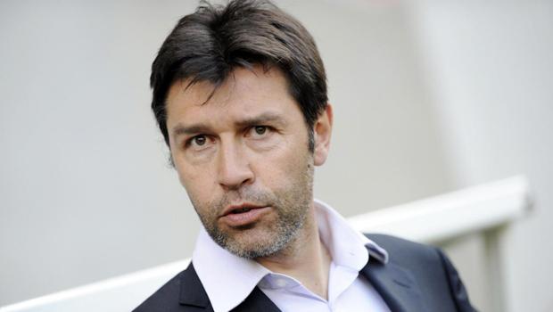 hubert_fournier_allenatore_lione_calcio_francia_ligue_1_ligue1
