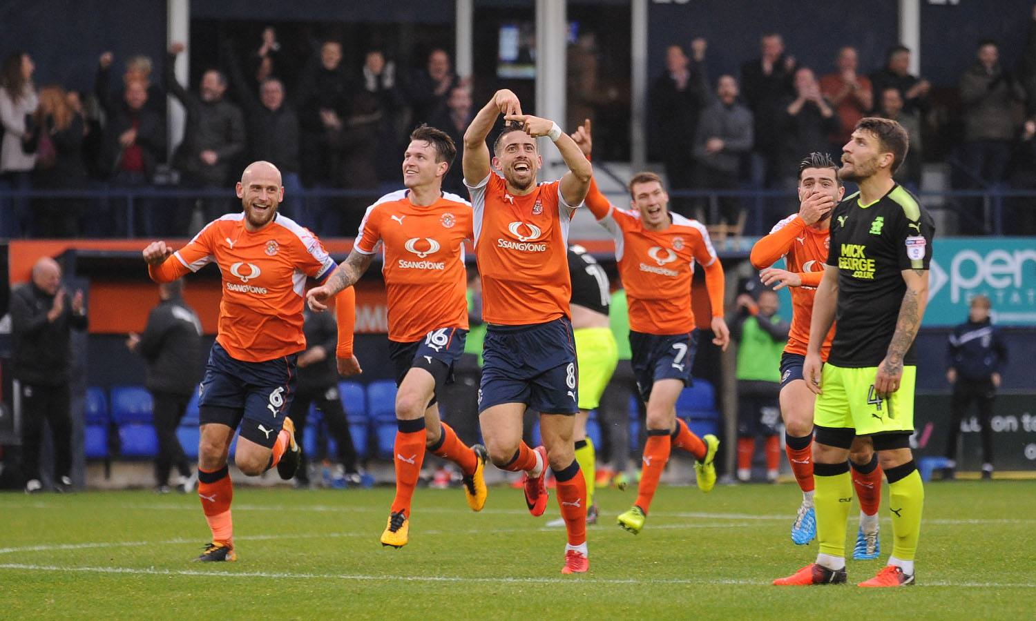 Pronostico Luton-Sheffield Wed 12 febbraio: le quote di Championship