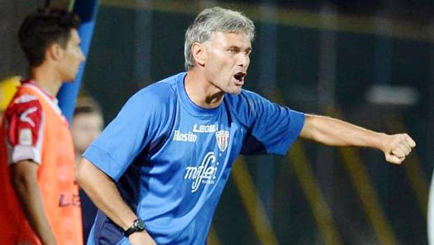 marco_sesia_allenatore_barletta_calcio_lega_pro