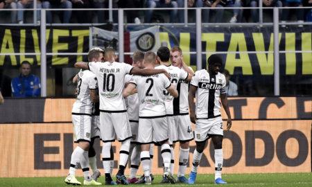 Coronavirus, due calciatori positivi nel Parma: allenamenti dal 18 maggio