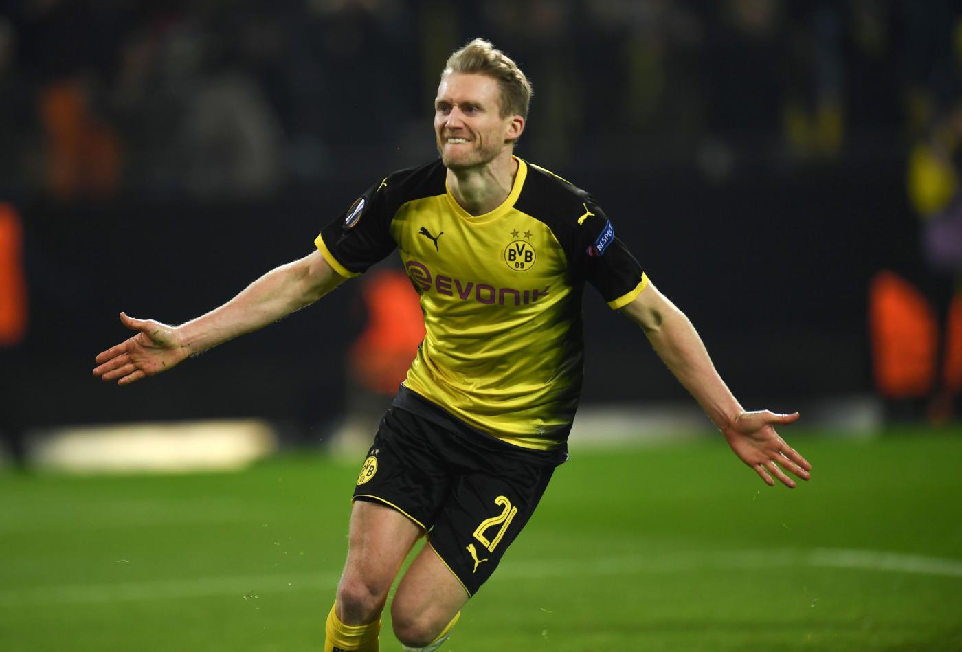 Mercato Lazio 7 giugno: il centrocampista offensivo tedesco sarebbe stato offerto al club biancoceleste. La Lazio accetterà?