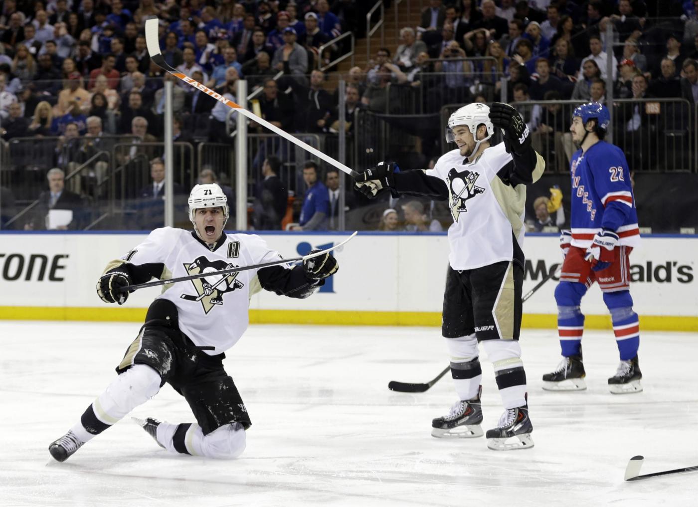 Pronostici NHL 19 marzo, cinque partite, Vegas contro i Canucks