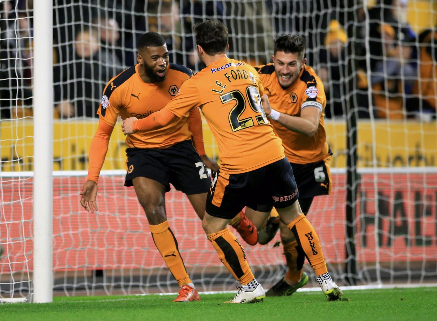 Wolverhampton-Leeds 22 novembre, analisi e pronostico Championship giornata 18